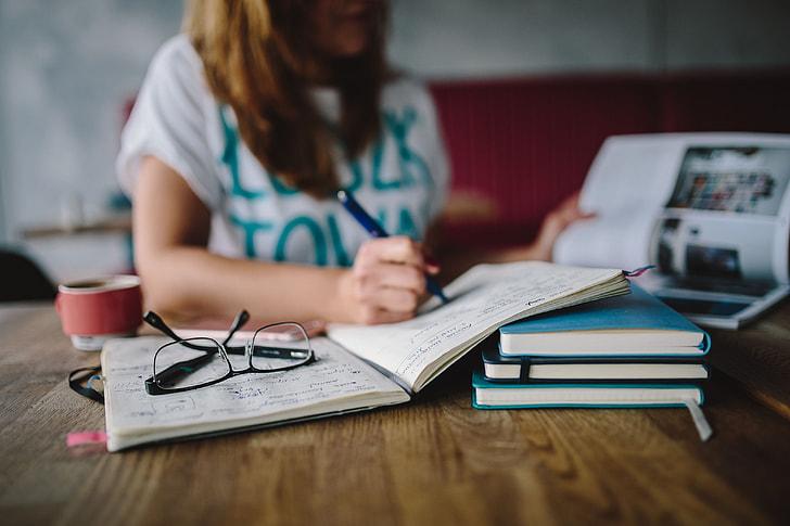 التعلم عبر الإنترنت - التعلم عن بعد